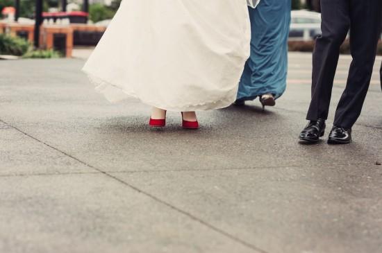 w120610 327a 550x365 Princess Catherine Style Brisbane Wedding With A Twist