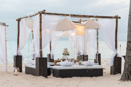 JMP2497 1 550x367 All White Wedding Setting: Pristine Wedding Luxury at Jumby Bay, a Rosewood Resort