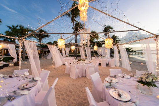 JMP2532 550x367 All White Wedding Setting: Pristine Wedding Luxury at Jumby Bay, a Rosewood Resort