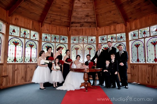 LA131012 290 550x366 Lisa & Adrians Vintage Wedding In The Dandenong Ranges