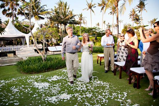 bali destination wedding014 A Look Back At Polka Dot Honeymoons 2012