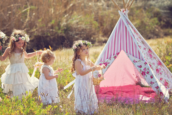 flowergirl ideas01 Teepees & Sweetpeas Flower Girl Inspiration