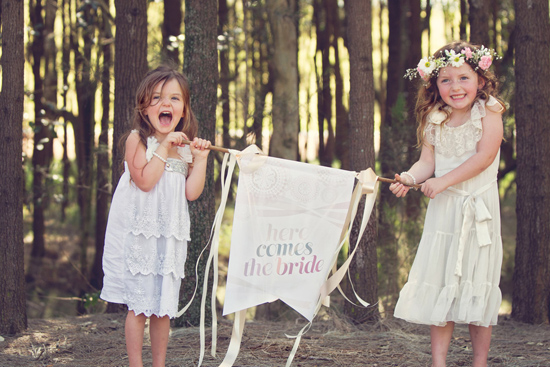 flowergirl ideas06 Teepees & Sweetpeas Flower Girl Inspiration