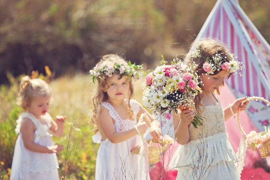 flowergirl ideas16 Teepees & Sweetpeas Flower Girl Inspiration
