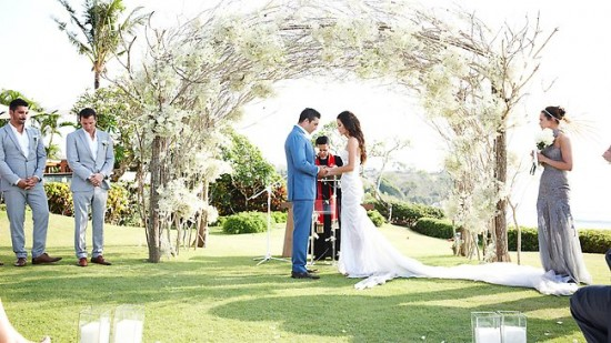 jodi gordon and braith anasta 550x309 The 2012 Celebrity Wedding Countdown