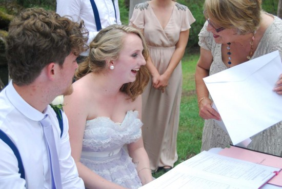 laugh 550x368 Sinead and Nathanaels Vintage Free Spirit Wedding