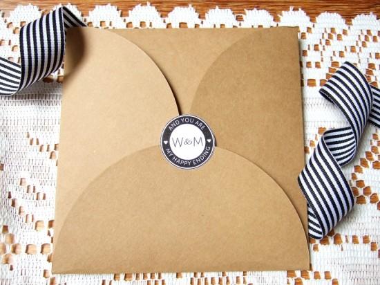 pocketfold black2 550x412 A Look Back At Polka Dot Made 2012