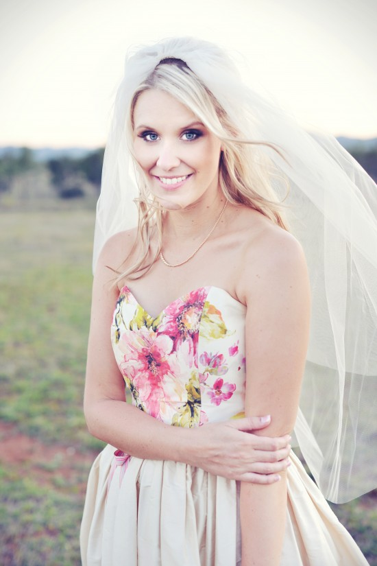 MHP 6248a 550x825 Amy & Toms Rustic Country Wedding