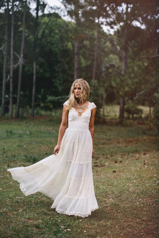 boho wedding gowns24