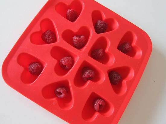 pomegranate raspberry cocktail 3