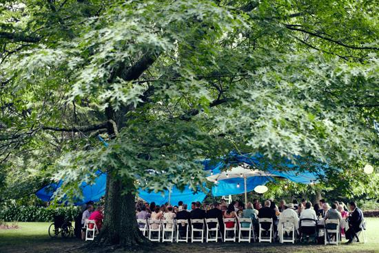 relaxed garden wedding33