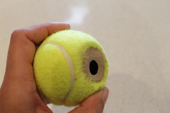 tennis ball placecard holders51 DIY Tennis Ball Placecard Holders Tutorial