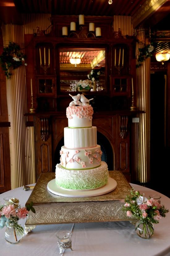DSC 54321 550x826 Natalie & Jonathons Vintage Twist Dayboro Wedding