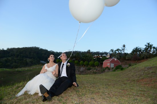 DSC 6325 550x366 Natalie & Jonathons Vintage Twist Dayboro Wedding