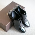 Gucci Patent Leather Shoes 004