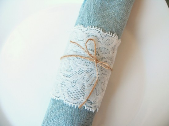 P1240603 550x412 DIY Lace Napkin Rings Tutorial