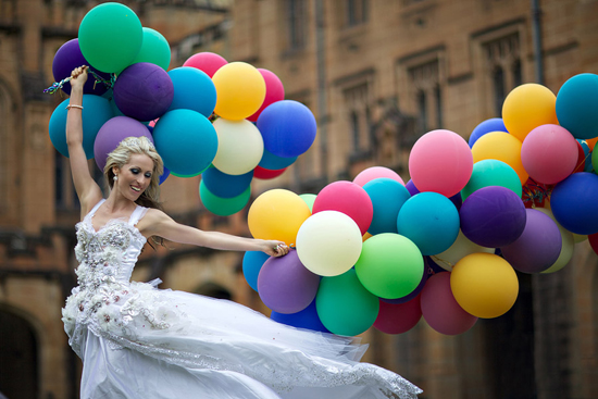 bride with coloured balloons