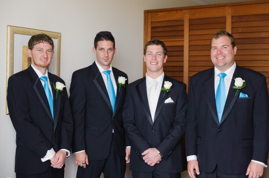 jessbrad022 550x365 Brad & Jesss Aqua And White Sunshine Coast Wedding