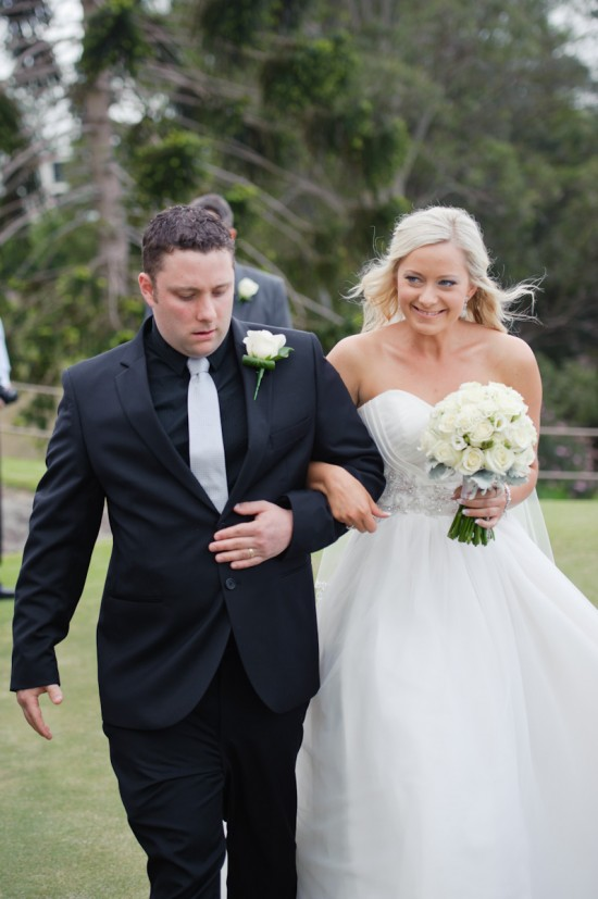 jessbrad152 550x827 Brad & Jesss Aqua And White Sunshine Coast Wedding