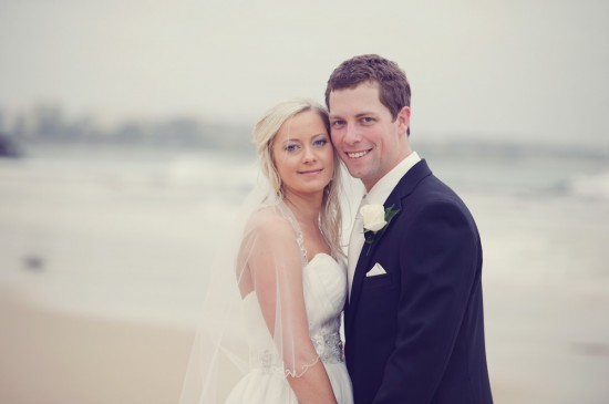 jessbrad344 550x365 Brad & Jesss Aqua And White Sunshine Coast Wedding