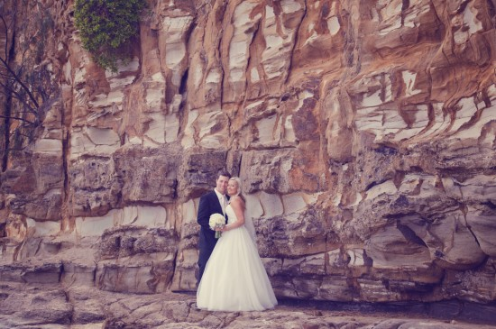 jessbrad395 550x365 Brad & Jesss Aqua And White Sunshine Coast Wedding