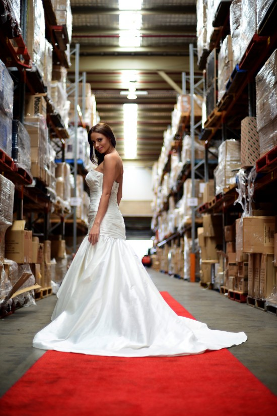 wedding dress 01 Low 550x825 Friday Roundup