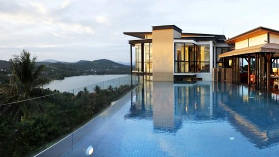 Accommodation Absolute1 550x309 Honeymoon Luxury At Cape Panwa Hotel