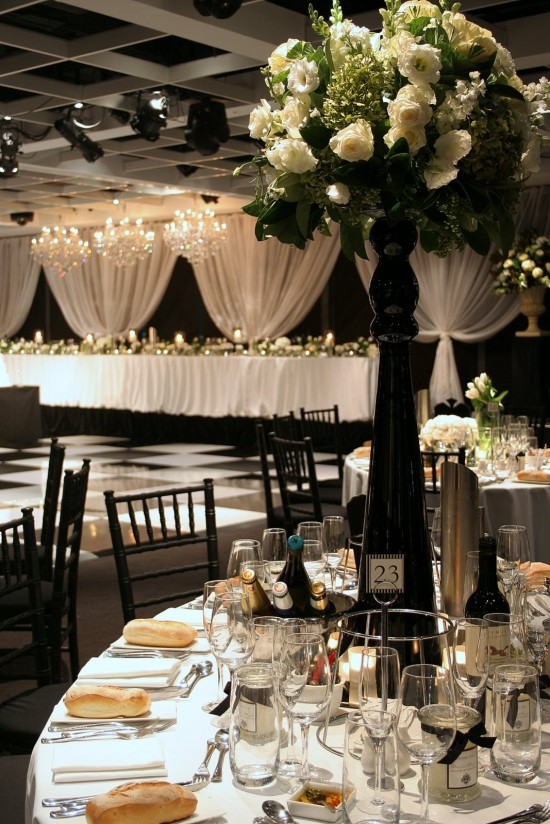 ADelColBlack and White 1 550x824 Top Wedding Styling Trends For 2013/2014 Weddings