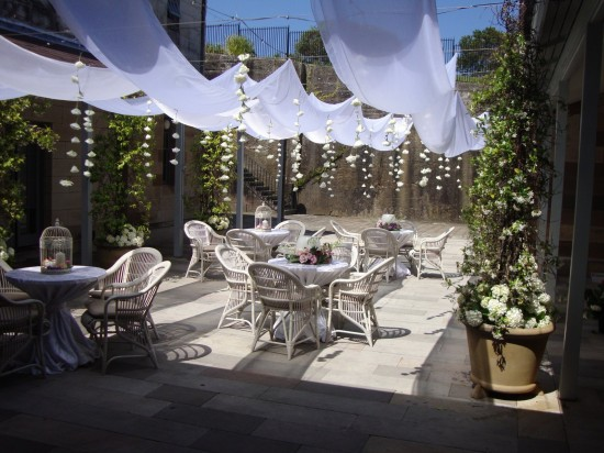 AdelcolWHITE1 550x412 Top Wedding Styling Trends For 2013/2014 Weddings