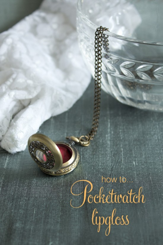 Steampunk pocketwatch DIY lipgloss