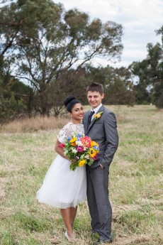 colourful backyard wedding19