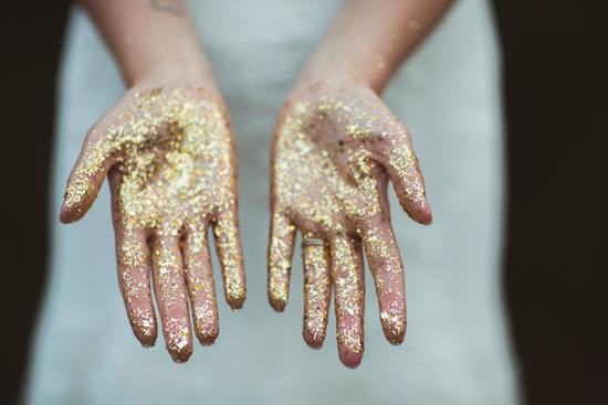glitter wedding inspiration25 Glitter Wedding Inspiration
