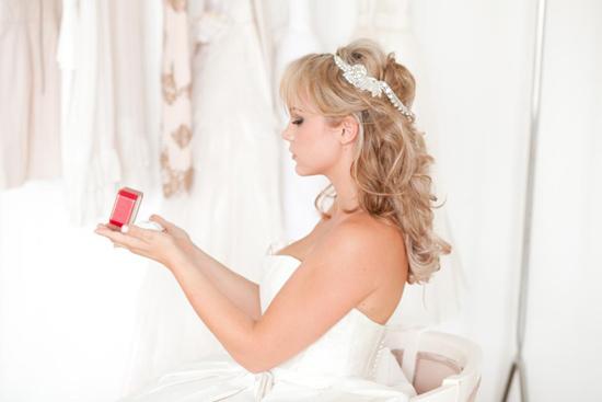 stylish bridal accessories08