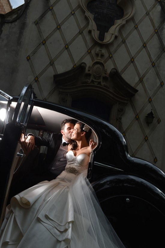 0771 TJ 550x826 Jasmin & Terrys Vintage Glamour and Travel Themed Melbourne Wedding