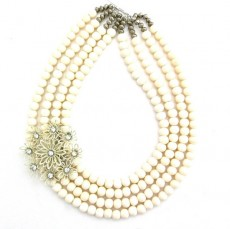 bright necklaces for brides02