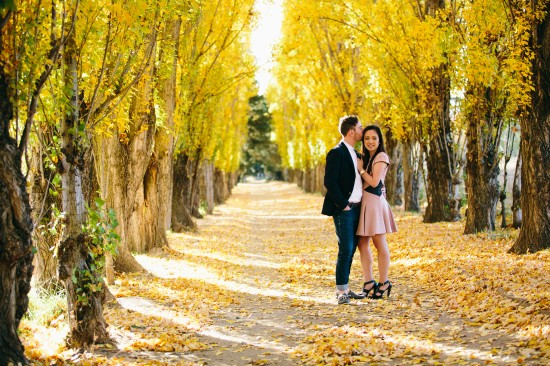 pic17yellow1 550x366 Chris and Audreys Autumn Love Story Shoot
