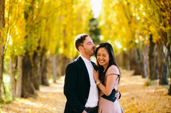 pic18yellowlaugh1 550x366 Chris and Audreys Autumn Love Story Shoot