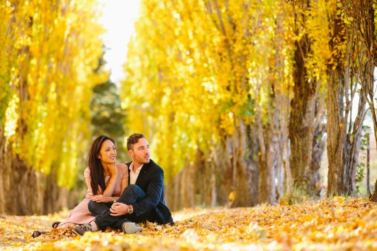 pic23yellowgroundshotawesome 550x366 Chris and Audreys Autumn Love Story Shoot