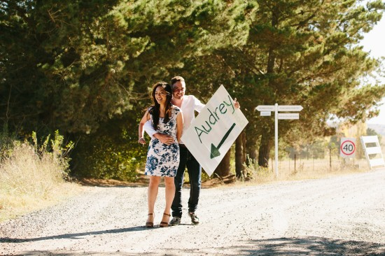 pic9proposalsign1 550x366 Chris and Audreys Autumn Love Story Shoot
