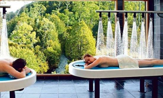 Cradle Mountain Lodge 550x333 Polka Dot Travel Lounge Honeymoon Travel Advice With Kristen from HotelsCombined
