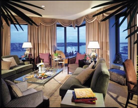 Hotel Four Seasons Sydney 550x431 Polka Dot Travel Lounge Honeymoon Travel Advice With Kristen from HotelsCombined