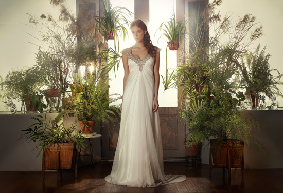 gwendolynne wedding gowns02 Gwendolynne Classic Collection