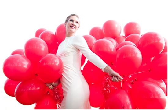 99 Red Balloons wedding inspiration02 99 Red Balloons Wedding Inspiration