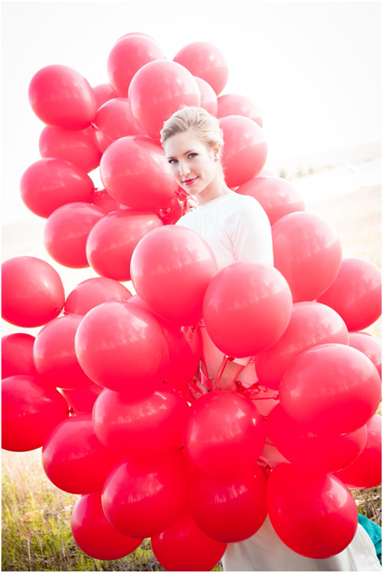 99 Red Balloons wedding inspiration03 99 Red Balloons Wedding Inspiration