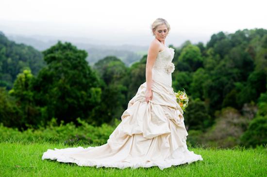 elizabeth de varga bridal couture07 Spring Bridal Inspiration With Elizabeth De Varga