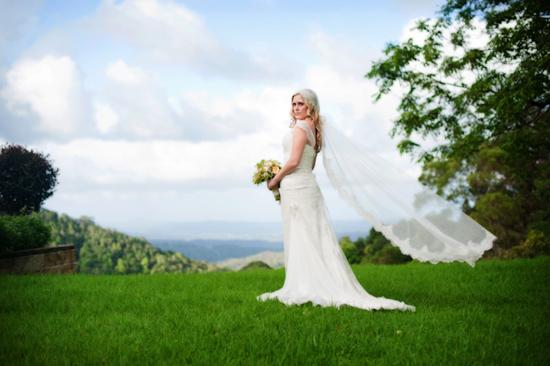 elizabeth de varga bridal couture08 Spring Bridal Inspiration With Elizabeth De Varga