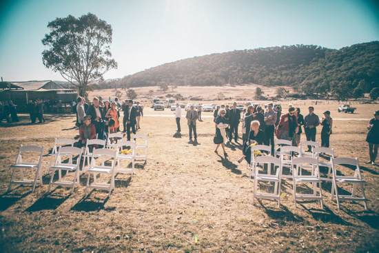 romantic-shearing-shed-wedding06