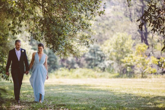 Angela-and-Steve-wedding-Bells-at-Killcare-by-Milton-Gan-Photography-550x366