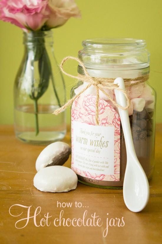 Hot chcocolate jar title 550x826 Hot chocolate jars (+ free printable label) DIY Tutorial