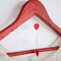 glitter hanger tutorial